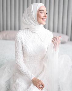 gothic and enchanted wedding dresses Hijabi Wedding, Wedding Hijab Styles, Muslimah Wedding Dress, Muslim Wedding Dresses, Wedding Bridesmaid Dresses, White Wedding Dresses, Bridal Dresses, Dress Muslimah, Bridal Hijab