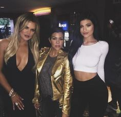 Khloe Kardashian: Pissed About Kris Jenner Birthday Snub? The Latest In celeb News!