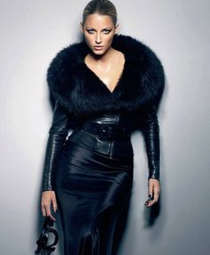 I wish I could pull this off as well as she does. This look is FIERCE!