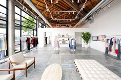 Innovative Fashion Brand 'Reformation' Plans to Enter Canada with Retail Stores French Luxury Brands, Resale Clothing, New York City Photos, Initial Public Offering, Brand Store, Retail Space, Reformation, Contemporary Fashion, Industrial Style