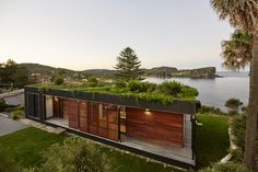 Australian architecture firm ArchiBlox has created an eco-friendly home that was constructed in just six weeks' time. Known as the Avalon House, it's a modular green-roofed home that was prefabricated off-site and then installed on a gorgeous beach side property in New South Wales. While the 106-square-meter Avalon House may be cozy in size, the designers set large sights on sustainability. The house faces the ocean—whose east-west orientation promotes cross-ventilation—and is also topped…