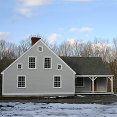 Exterior of Cape House with Center Chimney and Ell Addition and Farmers Porch New England Style, New England Homes, New Homes, Farmhouse Exterior Colors, Colonial Exterior, English Cottage Interiors, Early American Homes, Buy My House, Timber House