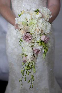 12828.green-purple-ivory-flowers-bouquet-tea.jpg.resize