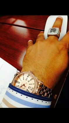 FERI Hollywood Timepiece