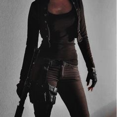 Morgan Petrov Black Widow Aesthetic, Badass Aesthetic, Bad Girl Aesthetic, Character Aesthetic, Aesthetic Clothes, Detective Aesthetic, Mafia Outfit, Spy Outfit, Kreative Portraits