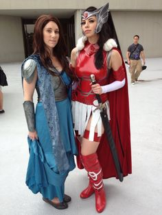 ladys3:   Jane Foster (Thor 2) | DragonCon 2013  Sif Dress made by me. Armor constructed by SoloRoboto Industries.