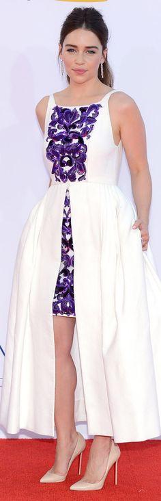 Emilia Clarke in Chanel LBV