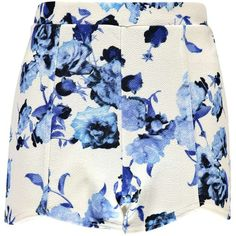 Boohoo Rhea Floral High Waisted Curved Hem Shorts ($7) ❤ liked on Polyvore featuring shorts, skirts, bottoms, blue, micro shorts, mini shorts, sequin shorts, short shorts and floral shorts