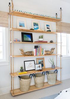 Interior Design Ideas: California Beach House - Home Bunch Interior Design Ideas Rope Shelves, Diy Hanging Shelves, Shelving, Plastic Shelves, Rope Crafts, Decorating Coffee Tables, Luxury Interior Design, Bookshelves, Bookshelf Ideas