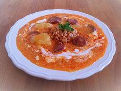 Tarhonyás kolbászleves | kajakóma receptje - Cookpad receptek Goulash, Hummus, Thai Red Curry, Stew, Food And Drink, Ethnic Recipes, Foods, Food Food, Food Items