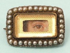 Victorian mourning brooch with an eye.