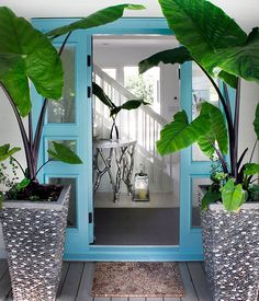 front entry to a beach house bungalow.