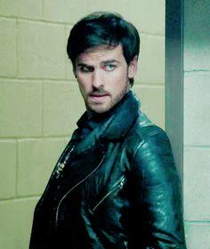 Colin O'Donoghue - Killian Jones - Captain Hook - Once Upon A Time