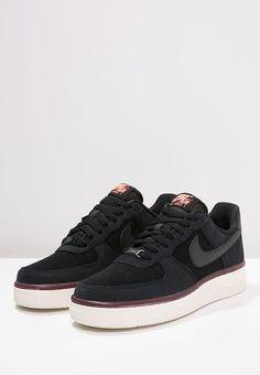 Baskets basses Nike Sportswear AIR FORCE 1 '07 - Baskets basses - black/sail noir: 80,00 € chez Zalando (au 13/11/16). Livraison et retours gratuits et service client gratuit au 0800 915 207.