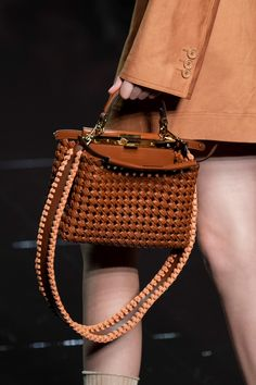 Fendi Spring 2020 Fashion Show Details. All the fashion runway close-up details, shows, and handbags from the Fendi Spring 2020 Fashion Show Details. Popular Purses, Popular Handbags, Trendy Handbags, Fashion Handbags, Tote Handbags, Purses And Handbags, Fashion Bags, Leather Handbags, Cheap Handbags