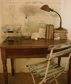 .Natural neutrals and natural decoration - perfect for a little writing desk.