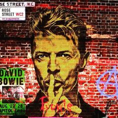 Love this David Bowie street art. 2 of my fav things!!