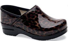 Dansko Shoes -no Color- 42 Dansko Women's Professional Brown Leopard Patent Shoe Best Nursing Shoes, Nursing Clogs, Navy Scrubs, Scrubs Outfit, Leather Clogs, Patent Leather, Patent Shoes, Brown Leopard, Dansko Shoes