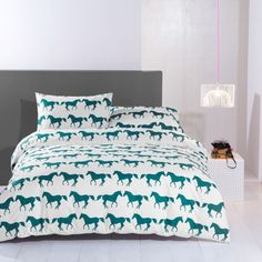 Anorak Kissing Horses Duvet Cover Sets