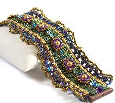 Sunny Bracelet Beading Kit *Green&Bronze by LiisaTurunenDesigns on Etsy https://www.etsy.com/listing/226084629/sunny-bracelet-beading-kit-greenbronze