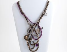 #Valentines #present #jewelry #crafts #love #handmade #bead #necklace #Swarovski