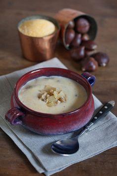 Una zuppa prelibata che unisce i sapori montani della Bassa Val d'Aosta. Minestra di mais e castagne. Scopri la ricetta di Sale&Pepe.