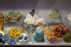 https://flic.kr/p/s5m6L   Minerals   From the Halpern Mineral Collection, San Francisco