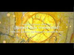 todos aquellos que nos apasiona la docencia..dar clases, estar en contacto con alumnos y aprender dia a dia, sobre todo en escuelas de arte, diseño, comunicación o cualquiero otra de ámbito creativo....vemos este video y se nos paran los pelos de la emocion!!!!!!!! que preciosidad!!! por favor miradlo..son solo 2 minutos que te haran erizar todos los pelos del cuerpo de la emocion!