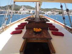 Live a unique experience #navigating #CostaBrava aboard of an authentic and traditional #FishingBoat bit.ly/17iaGSO