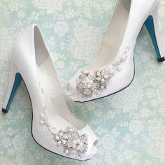 Beautiful wedding shoes with side-swept handmade beaded flowers, leaves and vines. Silver plated flowers, pearl, rhinestones, crystals and beads