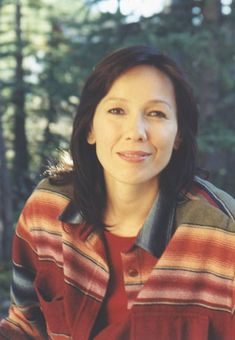 Tina Keeper, OM (born March is a Cree activist, producer, former… Native American Actress, Native American Wisdom, Native American Beauty, Native American Indians, American Actors, Inuit People, Women In History, First Nations, Film