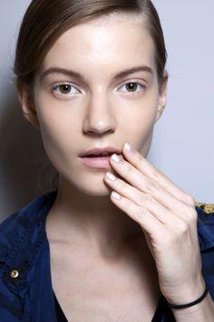 Manicure: trendy wiosna-lato 2014, Kayrouz, fot. Imaxtree