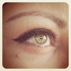Love this nude eye make up
