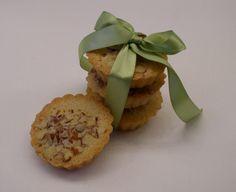 Donsuemor French Almond Cakes Recipe