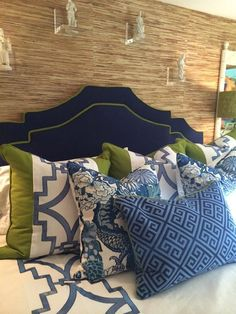 The blue and white club meeting is on! – The Enchanted Home The blue and white club meeting is on! – The Enchanted Home Green Master Bedroom, Bedroom Art Above Bed, Blue Bedroom, Bedroom Colors, Master Bedrooms, Blue White Bedrooms, White Rooms, Bedroom Ideas, Green Rooms
