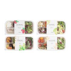 과일과 곡물 토핑이 들어간 샐러드로 가볍고 상큼하게 즐기는 한 끼 입니다. Salad Packaging, Pouch Packaging, Pretty Packaging, Food Branding, Food Packaging Design, Cafe Design, Food Design, Fruit Delivery, Organic Logo