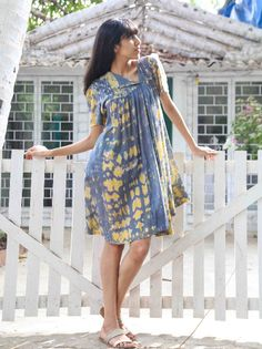 ASYMMETRICAL TUNIC - A beautiful choice for summer brunches with friends is this gorgeous minimalist Asymmetrical Tunic.The attractive print highlights this regular-fit dress's eye-catching appeal, this stylish dress will fetch you indelible compliments.