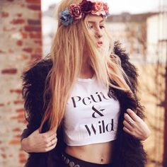 cropped top, flower hairband, long blonde hair, love it Wild Style, My Style, Love Fashion, Winter Fashion, Summer Headbands, Flowers In Hair, Flower Hair, Fabric Flowers, My Girl