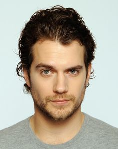 Awesome Henry Cavill Eyebrow Appreciation Blog Post. A MUST look! :)