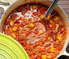 Köttfärsgulasch med potatis - Recept - Stowr