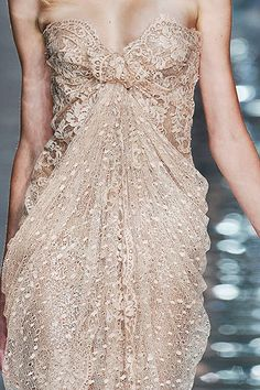 Elie Saab...so pretty.
