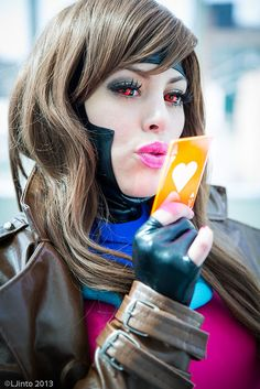 Hmmmm.... I like this kind of cosplay instead of the super revealing ones that most girls wear. Plus Gambit is the COOLEST!!