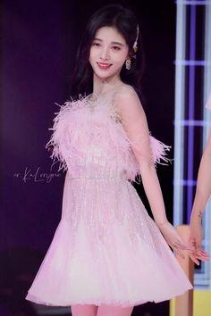 Girls Dresses, Flower Girl Dresses, Love Spells, Nymph, Woman, Wedding Dresses, Beautiful, Fashion, Dresses Of Girls