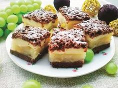 Ciasto gruszkowe z kruszonką jak u babci Polish Desserts, Love Cake, Meal Planning, French Toast, Cheesecake, Food And Drink, Cooking Recipes, Favorite Recipes, Meals