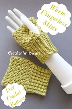 Crochet warm fingerless mitts, great for texting etc. find the FREE crochet pattern on crochetncreate. Crochet Mitts, Crochet Scarves, Free Crochet, Knit Crochet, Crochet Designs, Crochet Ideas, Crochet Patterns, Fingerless Mitts, Ladies Wear
