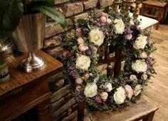 Smútočné kvety - My site Funeral Flowers, Floral Wreath, Wreaths, Home Decor, Floral Crown, Decoration Home, Door Wreaths, Room Decor, Deco Mesh Wreaths