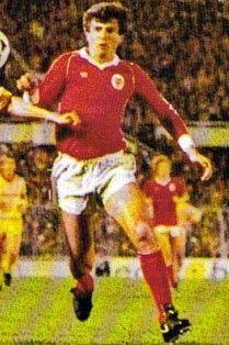 GRANDES NOMES FILIPOVIC Zoran Filipovic, nome afamado no futebol português, veio para o nosso país no inicio da década de 80 para repr...
