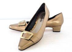 d3d9ad82a8b Ros Hommerson Antique Gold Leather Buckle Accent low heel Pumps Shoes 7M