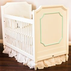 Customize this crib with a #orchid accent color on the molding. Bring in a subtle pop of color!! #BritaxStyle
