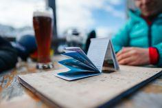 Wichtig für eine einwandfreie funktionsweise ist eine exacte Falzung der Inntenteile unsere TWIN-Cards. Planer, Mini, Playing Cards, Printing, Playing Card Games, Game Cards, Playing Card